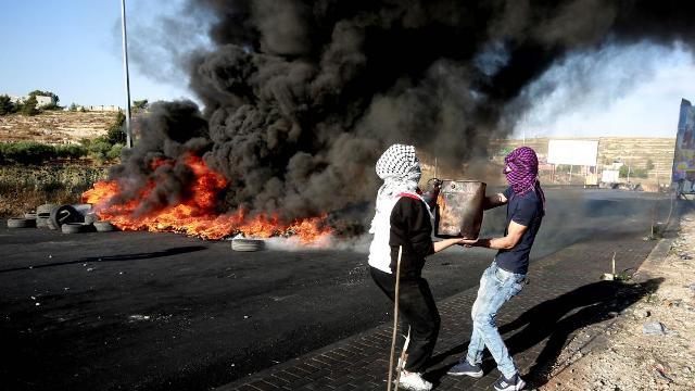 الإضراب الشامل... كل فلسطين موحدة في وجه العدوان الإسرائيلي