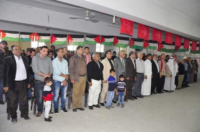 الجبهة الشعبية ولجنة الأسرى وحملة التضامن مع سعدات ينظمون أمسية شعرية بالوسطى على شرف يوم الأسير الفلسطيني