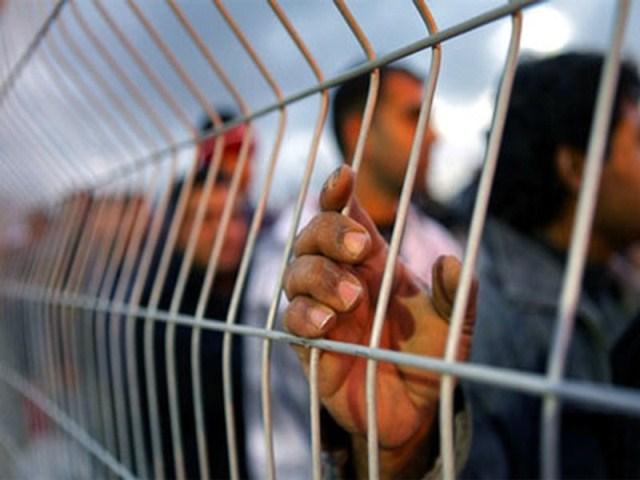 فرع الجبهة بسجون الاحتلال: الساعات القادمة حاسمة وحوار جدي مع مصلحة السجون