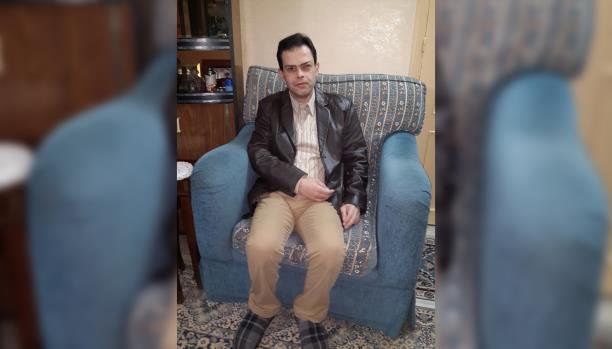 أحمد.. مكفوف يكمل حلمه الأكاديمي
