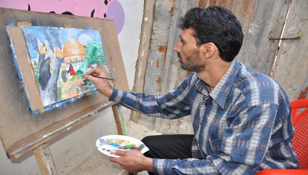 بلال القيّم.. الفقر حرمه الرسم