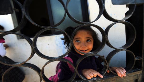 انتشار للأميّة في تجمّع للاجئين الفلسطينيين