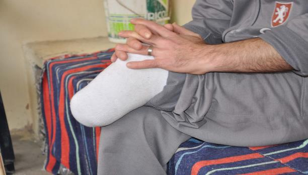 أبو أحمد الذي تُرك لمصيره