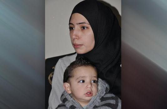 هبة قاسم تتمنى العودة إلى اليرموك