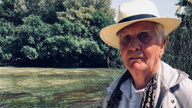 رحيل هنري ديلوي: شاعر كان ينظر إلى العالم/ مليكة ياسين