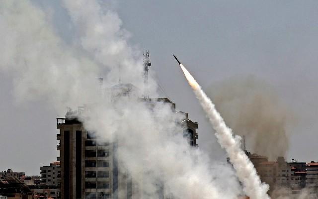 المقاومة تواصل دك مستوطنات العدو ومواقعه العسكرية بالصواريخ وقذائف الهاون