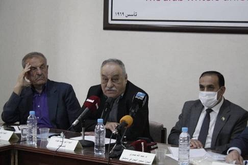 اتحاد الكتاب العرب يعقد ندوة عن دور
