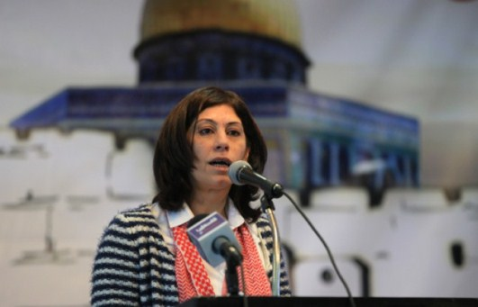 النيابة العسكرية الصهيونية تماطل لإدامة اعتقال خالدة جرار