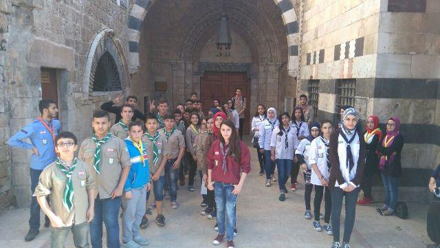 كشاف الشباب الوطنية نظم جولة استطلاعية تثقيفية في طرابلس.