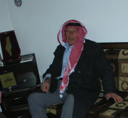 لجنة الأسرى تنعى شقيق الأسير المحرر أحمد أبو السعود