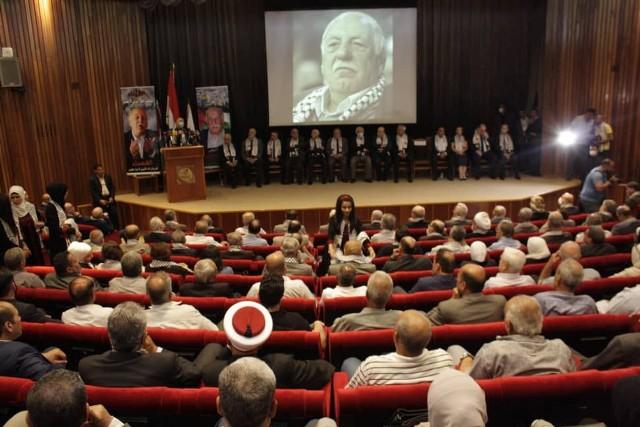 الجبهة الشعبية في دمشق تشارك في تأبين القائد أحمد جبريل