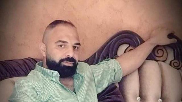 الأسير الفلسطيني بدر الرزه يعلّق إضرابه عن الطعام بعد اتفاق