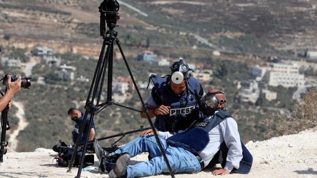 صحافيو فلسطين يواجهون نيران الاحتلال: محاولات لكتم الحقيقة