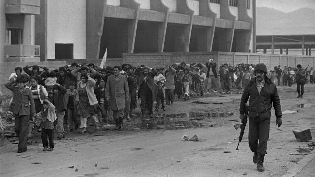 سعاد عبد القادر تحمل أهوال ذكرى مجزرة تلّ الزعتر
