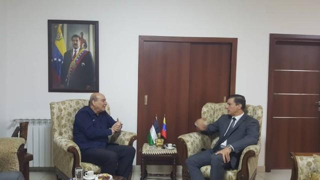 السفير الفنزويلي في دمشق يستقبل وفدًا من الجبهة الشعبية