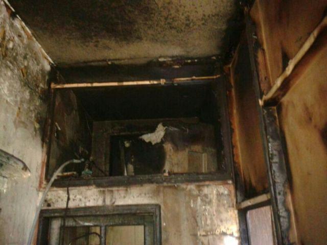 حريق يلتهم منزل عائلة نازحة من سوريا في مخيم نهر البارد