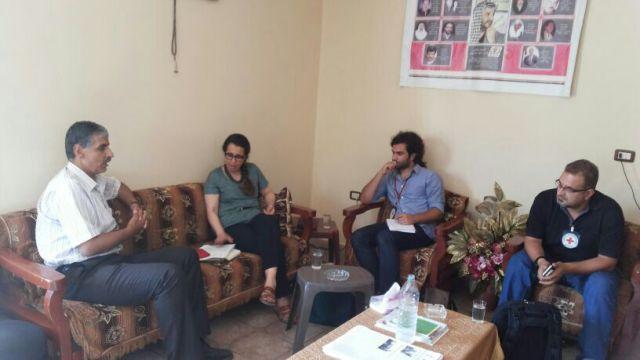 غنومي التقى وفداً من الصليب الأحمر الدولي