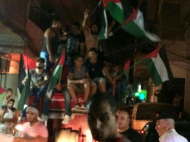 مسيرة جماهيرية في مخيم البداوي تضامنا مع غزة