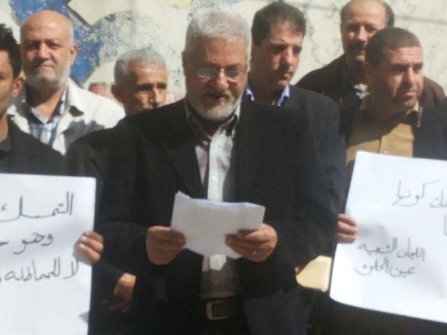 اللجنة الشعبية في مخيم عين الحلوة تعتصم تضامناً مع أهالي مخيم نهر البارد