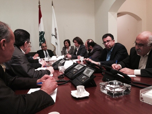 اجتماع طارئ بين قيادات الفصائل الفلسطينية والأونروا برعاية لجنة الحوار اللبناني الفلسطيني