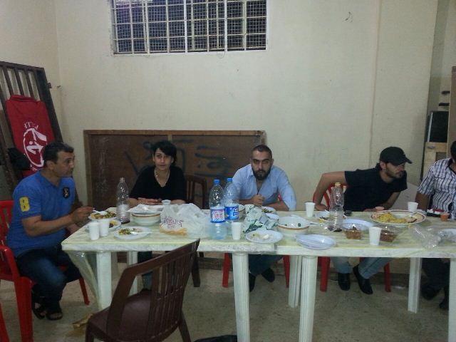 منظمة الشبيبة الفلسطينية والهلال الأخضر اللبناني يقيمان حفل افطار للأطفال