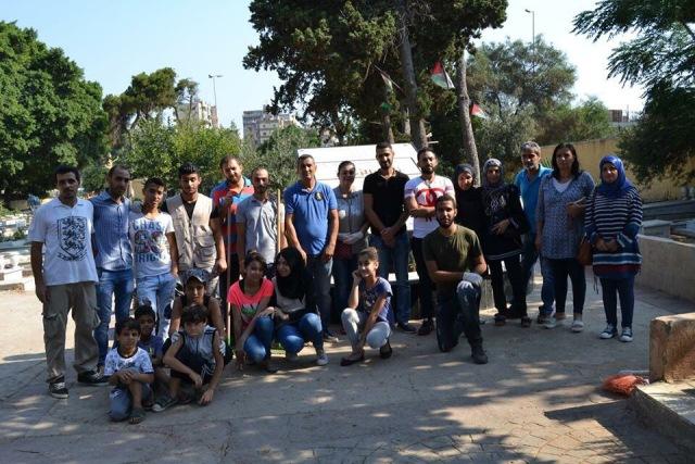 حملة تنظيف مقبرة شهداء فلسطين في بيروت