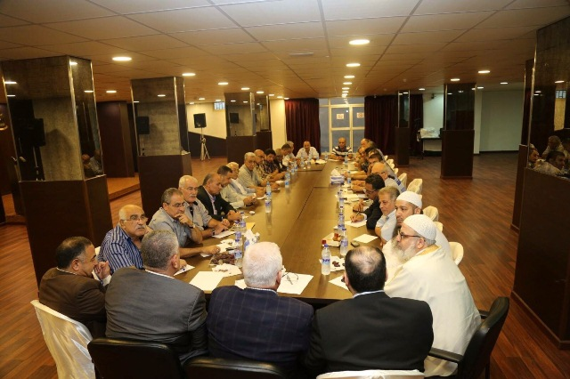 قيادة الفصائل في لبنان تطالب بدعوة لاجتماع طارئ للأمناء العامين لاستعادة الوحدة الفلسطينية