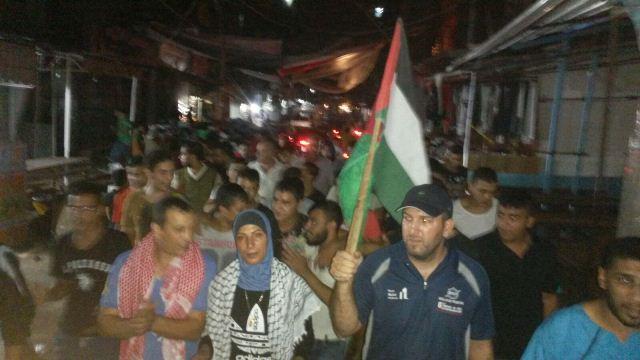 مسيرة ليلية دعماً للانتفاضة في مخيم شاتيلا