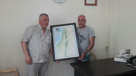 زار منسق لجان العمل في المخيمات في الشمال، فتحي أبو علي، مستوصف جمعية الشفاء الطبية في مخيم البداوي.