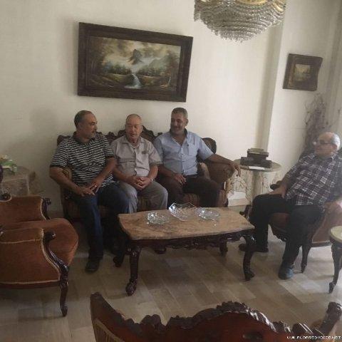 وفد من الفصائل يزور النقابي السابق الاستاذ عمر عباس في طرابلس