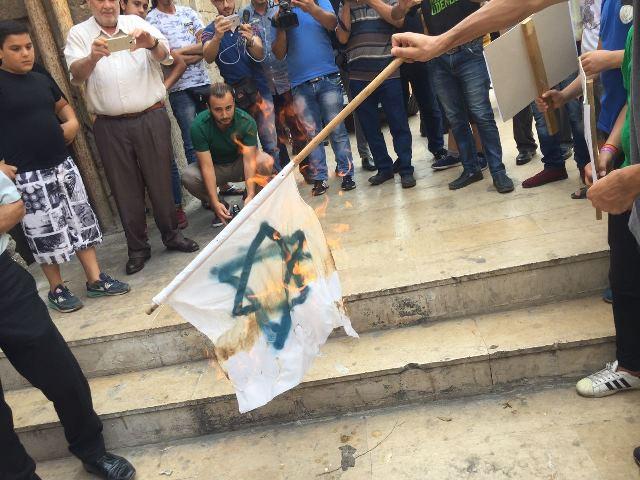 اعتصام شعبي في طرابلس تضامنا مع المسجد الأقصى