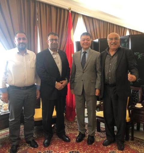 الجبهة الشعبية لتحرير فلسطين تلتقي السفير الصيني في لبنان