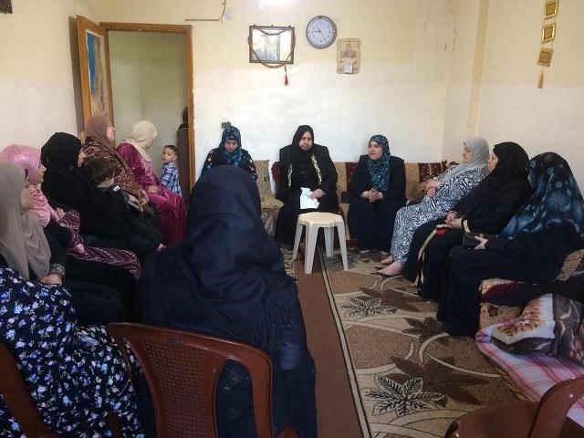 لجان المرأة الشعبية الفلسطينية تقيم ندوة سياسية في مخيم نهرالبارد .