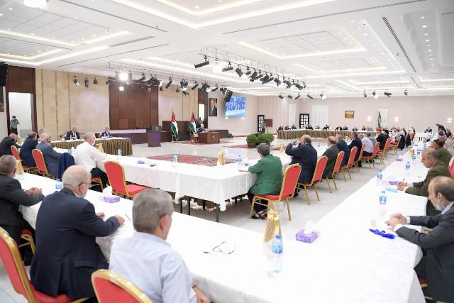 البيان الختامي لاجتماع الأمناء العامين يقرر تشكيل لجنة لتقديم رؤية لإنهاء الانقسام وتحقيق الشراكة ضمن منظمة التحرير