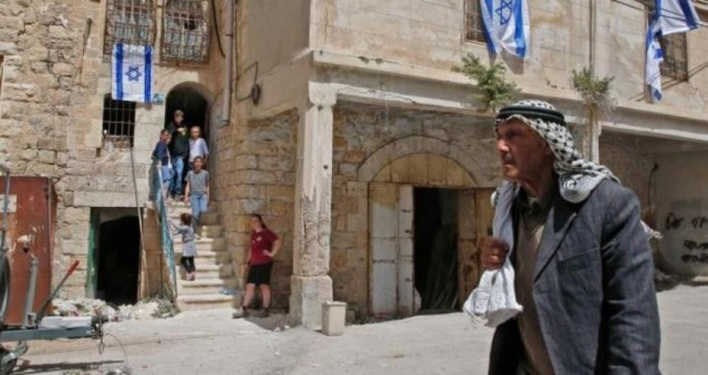 الاحتلال يخطط للسطو على آلاف العقارات بالضفة والقدس