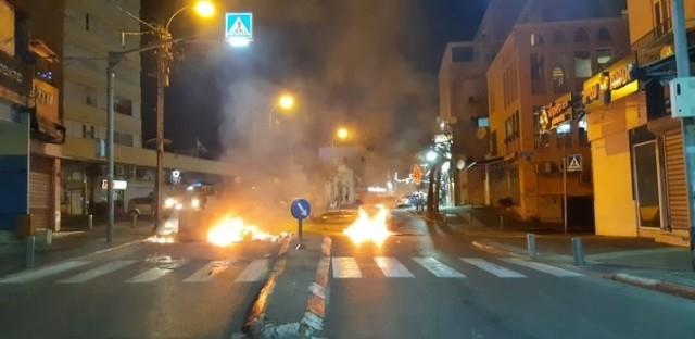 يافا تواجه الاستعمار.. الاحتلال يعتدي ويعتقل عدة شبّان رفضوا إخلاء أحد المباني