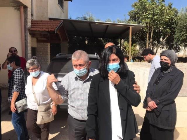 هنية يهنئ المُناضلة خالدة جرار بالإفراج عنها من سجون الاحتلال