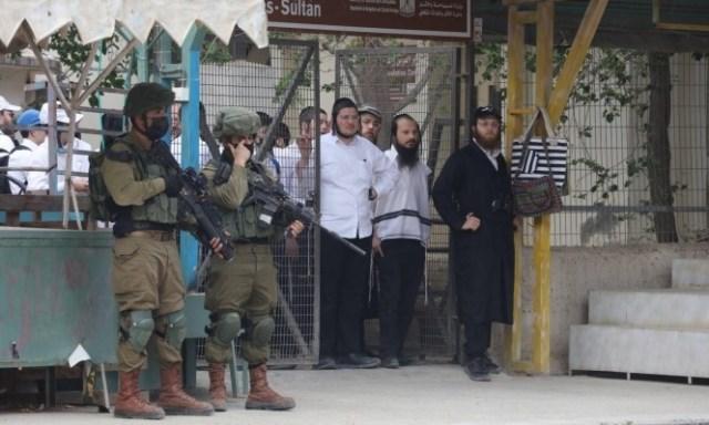 أوقاف الخليل: الحرم الإبراهيمي يتعرّض لهجمة مسعورة من قِبل الاحتلال ومستوطنيه