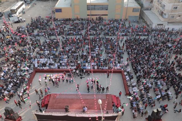 الشعبية تحيي ذكرى استشهاد أبو علي مصطفى بمشاركة حاشدة في الوسطى