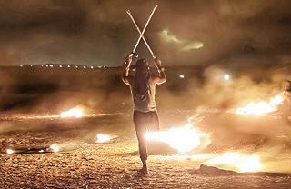 قوات الاحتلال تستهدف الفلسطينيين المشاركين في الإرباك الليلي شرقي غزة