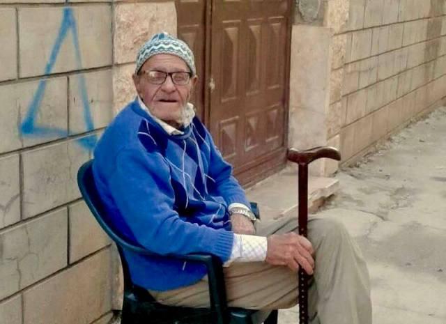 عائلة المرحوم عبد الدايم عبد العال تتقبل التعازي بالمرحوم في بيروت
