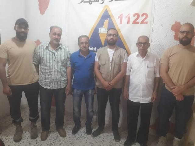 اللجان العمالية الشعبية الفلسطينية تزور مقر الدفاع المدني الفلسطيني في مخيم عين الحلوة