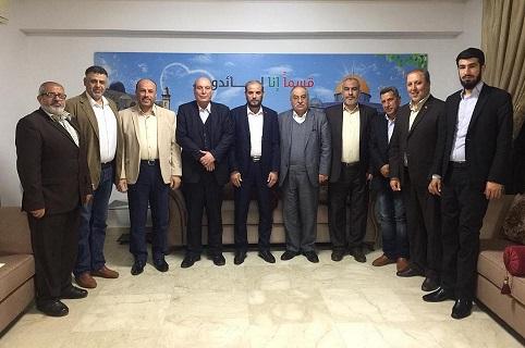 الشعبية تلتقي حماس في بيروت