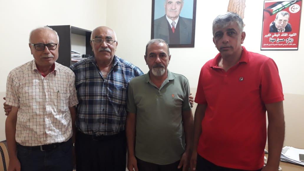 نائب رئيس اتحاد نقابات النقل البري في لبنان النقابي يزور مكتب الشعبية في بيروت