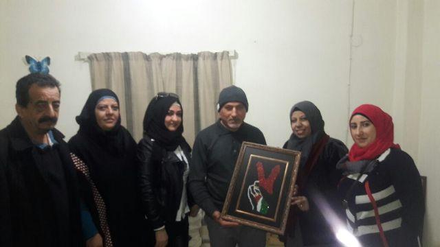 لجان المرأة الشعبية الفلسطينية في مخيم برج البراجنة تكرم الرفيق أبو السعيد