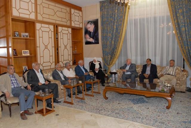 القيادة السياسية الفلسطينية تلتقي السيدة بهية الحريري