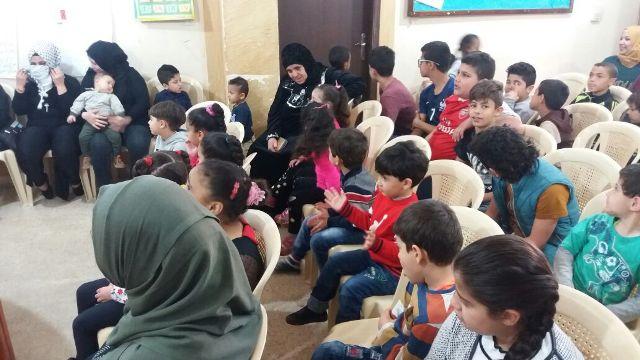 لجان المرأة الشعبية الفلسطينية في منطقة صيدا تحتفل بالأم والطفل والأرض