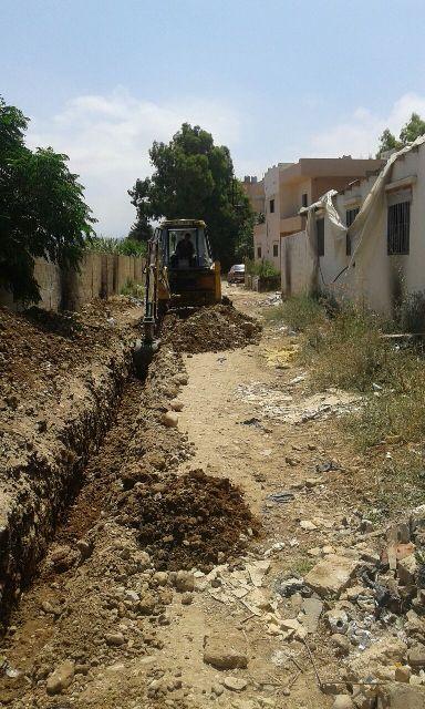 منظمة ال undp تبدأ بأعمال الحفر بمشروع البنى التحتية في حي الكورنيش بمخيم نهرالبارد .