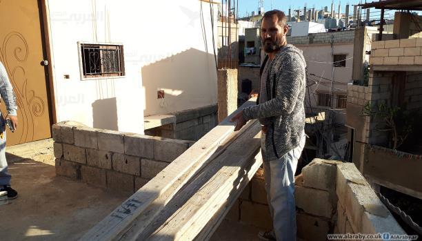 أحمد دحويش ترك الجامعة ليعمل في البناء