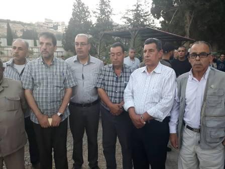 الشعبية تشارك في زيارة مقبرة درب السيم بمخيم عين الحلوة